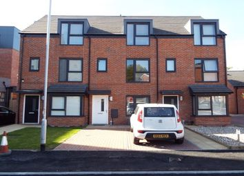 Thumbnail Room to rent in Silver Court Gardens, Rm 1, Brownhills