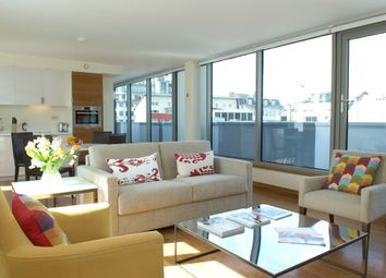 Thumbnail 1 bed flat to rent in Turnmill Street, Farringdon, London