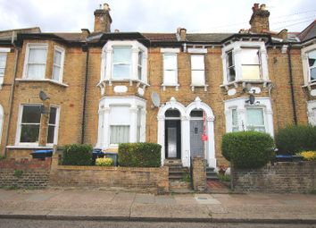 Wendover Road, London NW10. 2 bed maisonette