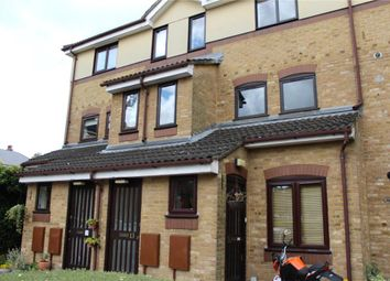 Thumbnail 2 bed flat to rent in Gainsborough Court, Chiswick