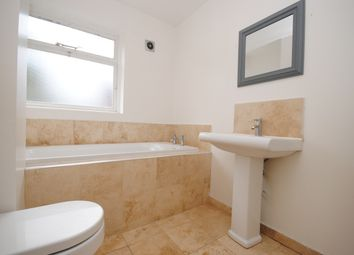 4 bed maisonette to rent in Stables Way, London SE11