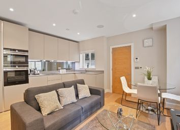 Thumbnail 2 bed flat to rent in 53A Fleet St, London