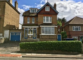 Thumbnail 1 bed flat for sale in Crescent Road, Finchley