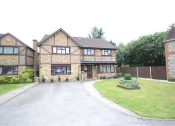 Thumbnail 6 bed detached house for sale in Comfrey Close, Farnborough, Hampshire