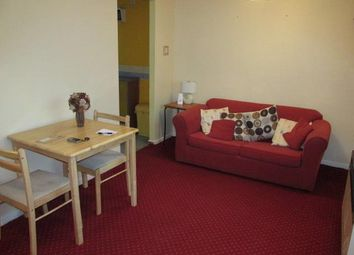 Thumbnail Studio to rent in Delage Close, Aldermans Green, Coventry
