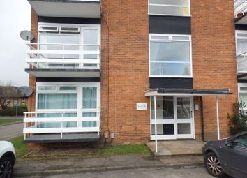 Thumbnail 1 bed flat to rent in Queens Court, St John'S Road, Newbury