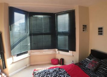 Thumbnail 3 bed flat to rent in Albert Cottages, Camden Road, Tunbridge Wells