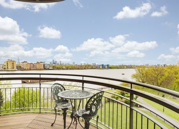 Thumbnail 1 bed flat to rent in New Atlas Wharf, Arnhem Place, Canary Wharf, London