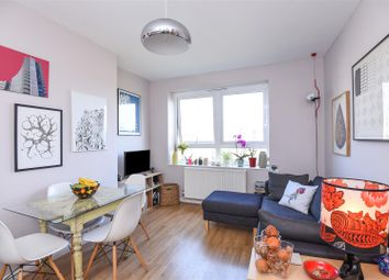 Thumbnail 2 bed flat for sale in Londesborough Road, London