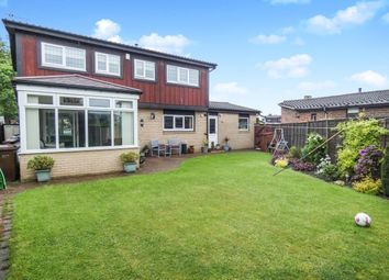 Thumbnail 4 bed detached house for sale in Lay Garth, Rothwell, Leeds