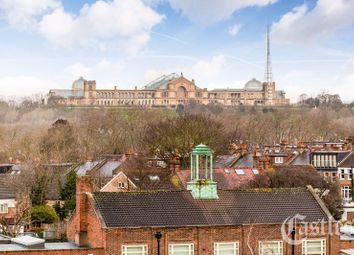 Thumbnail 2 bed flat for sale in Homestead Heights (Apt 1), Crouch End