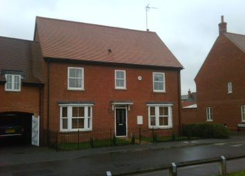 Thumbnail 6 bed detached house to rent in Chipmunk Chase, Hatfield