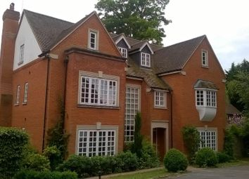 Thumbnail 6 bedroom detached house to rent in Wych Hill, Woking