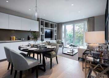 Thumbnail 2 bed flat to rent in Pinewood Gardens, Teddington