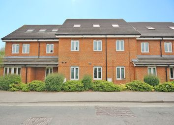 Thumbnail 2 bed flat to rent in Station Road, Park Gate, Southampton