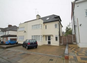 Thumbnail 4 bed semi-detached house to rent in Kenerne Drive, Barnet