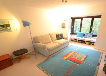 Thumbnail 1 bed flat to rent in St. Pauls Court, Reading