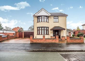 Thumbnail 3 bedroom detached house for sale in Ravenscroft Road, Willenhall, West Midlands
