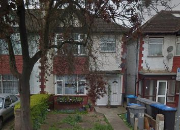 Thumbnail 1 bed flat to rent in St John's Rd, Wembley