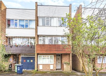 Thumbnail 4 bed flat to rent in Horwood Close, Headington