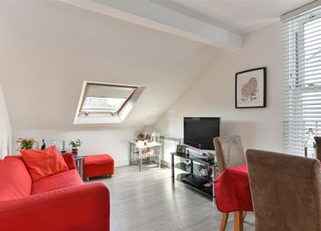 1 bed flat for sale in Gloucester Road, Redhill RH1