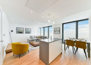 Westferry Road, Isle Of Dogs, London E14. 2 bed flat for sale