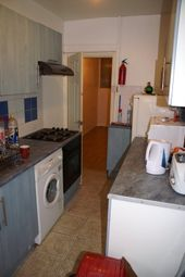 Thumbnail 1 bed property to rent in Holly Bank, Headingley, Leeds