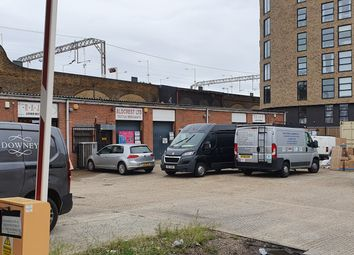 Thumbnail 1 bed detached house to rent in Hackney Road, Hackney