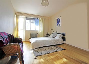 Thumbnail 4 bedroom flat to rent in Jubilee Street, London