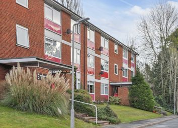 Rosemary Court, High Wycombe HP12. 2 bed flat for sale