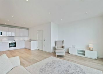 Thumbnail 2 bed flat to rent in Pinnacle Apartments, Saffron Central Square, Croydon, Surrey
