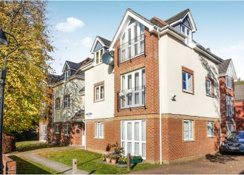 Thumbnail 2 bed flat for sale in 40 Oak Road, Woolston, Southampton