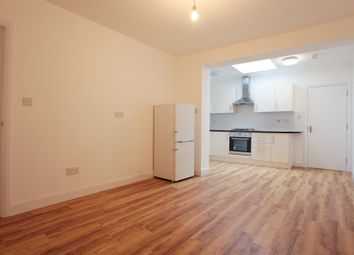 Thumbnail 2 bedroom flat to rent in Grove Rd, London