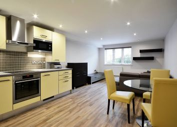 Thumbnail 1 bed flat to rent in Stane Grove, Clapham North