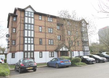 Thumbnail 1 bedroom flat for sale in Frobisher Road, Erith