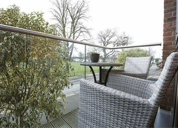 Thumbnail 2 bedroom flat for sale in Park View, Queens Road, Hersham, Walton-On-Thames