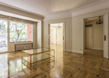Thumbnail 5 bed apartment for sale in Spain, Madrid, Madrid City, Chamberí, Almagro, Mad12314