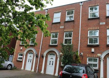 Thumbnail 4 bedroom town house to rent in Millbrook Road East, Southampton