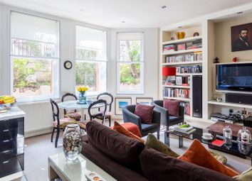 Serviced flat to rent in Warwick Road, London SW5