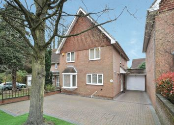 Thumbnail 4 bed link-detached house for sale in Newing Green, Bromley