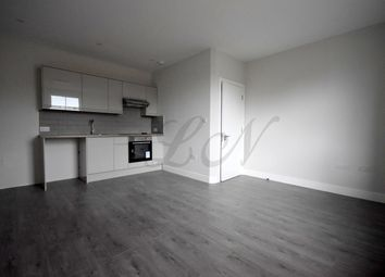 Thumbnail 1 bedroom flat to rent in Cricklewood Lane, Cricklewood