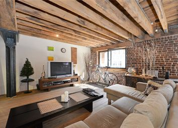 Port East Apartments, 16 Hertsmere Road, London E14. 2 bed flat