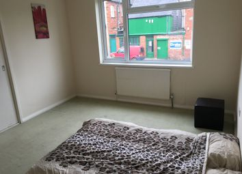 Thumbnail 4 bedroom shared accommodation to rent in Semilong Road, Northampton