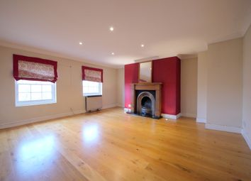 Thumbnail Flat to rent in Guildford Street, Chertsey