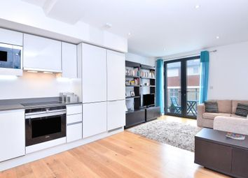 Thumbnail 1 bed flat for sale in Totteridge Lane, London