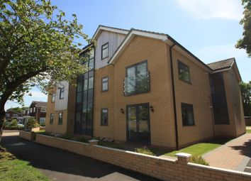 Thumbnail 2 bedroom flat for sale in Barnstaple Road, Southend-On-Sea
