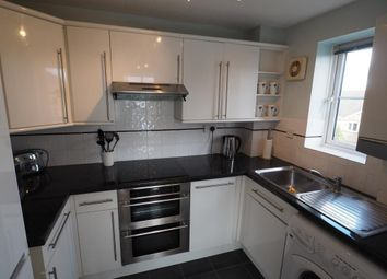 2 bed flat to rent in Lancelot Court, Victoria Dock, Hull HU9