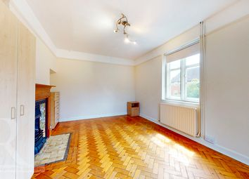 3 bed maisonette to rent in Addison Way, Hampstead Garden Suburb NW11