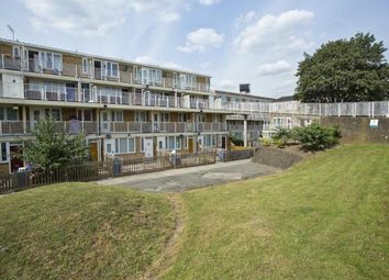 5 bed maisonette to rent in Lucey Way, St James Road, Bermondsey SE16
