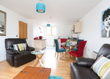 2 bed flat to rent in The Avenue, Leamington Spa CV31